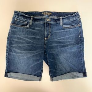 Arizona Jean Co Size 17 Bermuda Denim Shorts EUC
